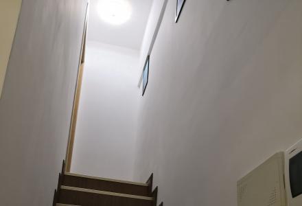 精装公寓出租,全新家具家电齐全,拎包入住