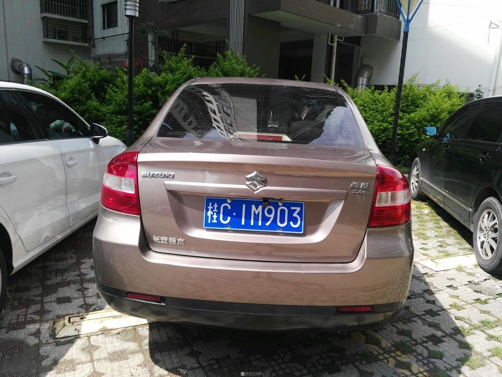 九成新自用2012款铃木SX4自动挡1,6私家车转让
