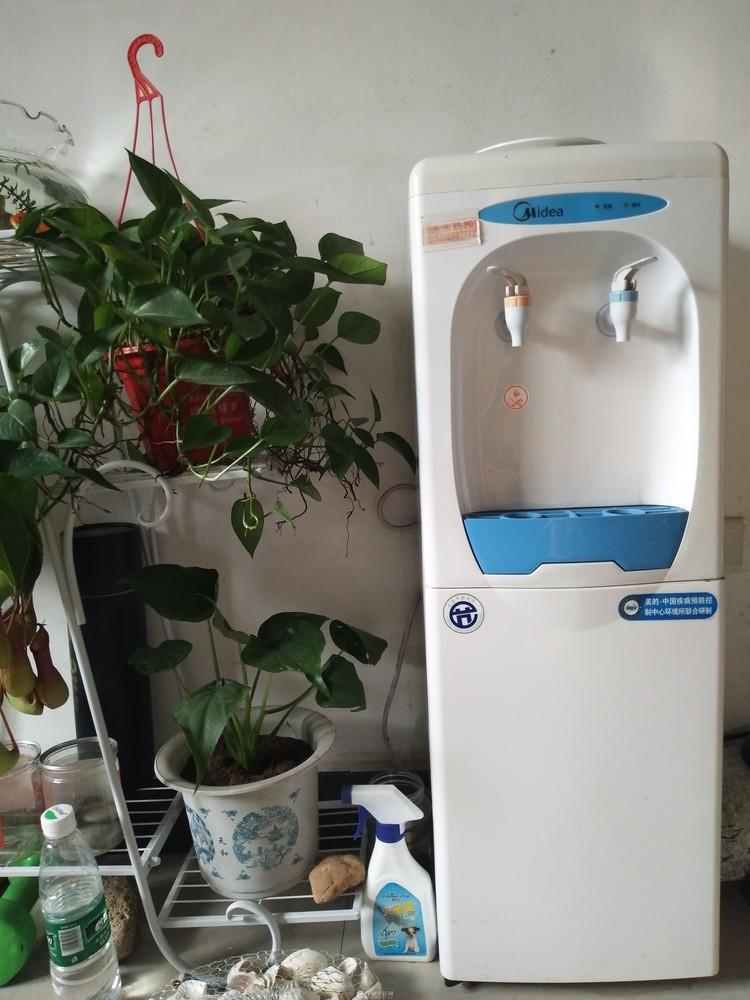 低价出售美的品牌饮水机