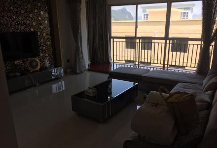 Q山水阳光城精装大两房两厅带双阳台93平方58万送全套家具家电拎包入住