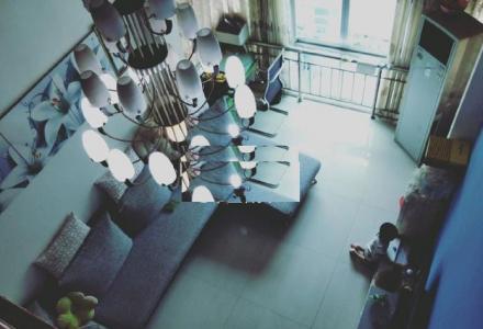 东安街世纪花园7楼精装复式楼3房2厅1卫1800元精装修