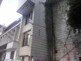 市中心繁华榕湖景区畔4层整栋510㎡旅馆月租1万售价500万