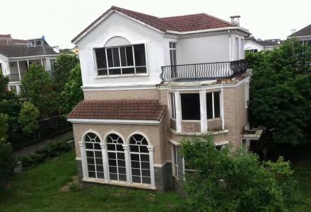 L实地看房 麒麟湾四期独栋别墅+花园车库降价318万出售 占地面积400平 花园200平