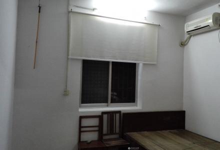 拱极小学小学宿舍区内一楼一房一厅出租