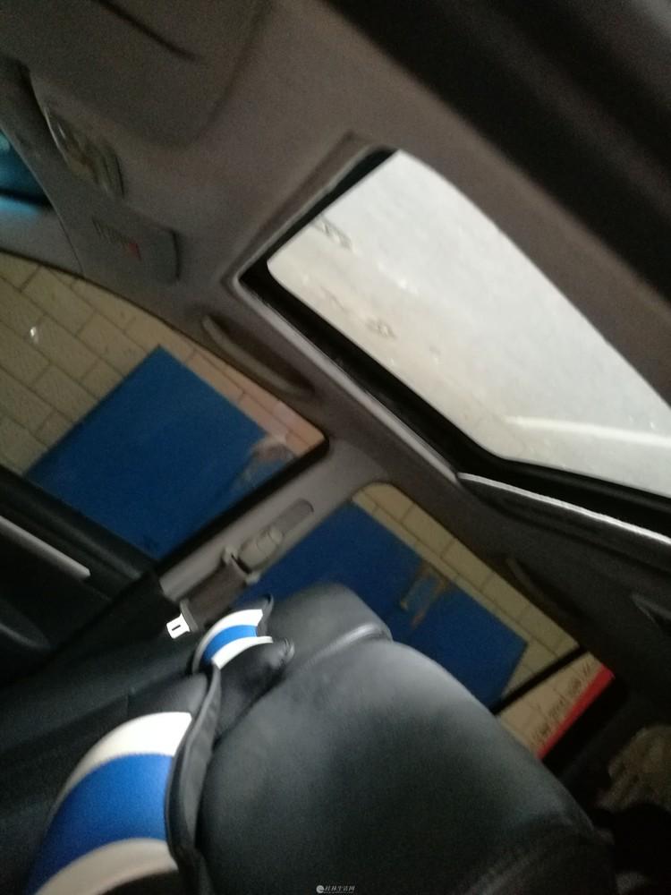 海马普力马2011款7座自动挡