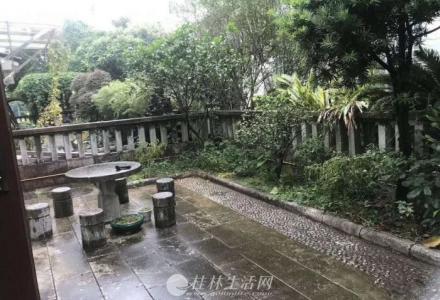 S桂林市 独栋别墅 带花园带车库 送品牌家电 仅300万