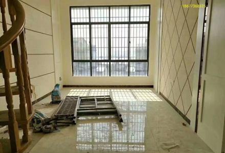 榕湖分校 中隐路 中隐小城 全新精装修5房、复试带大露台