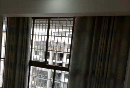 秀峰区  广源国际旁 金桂国际 两房精装 带车位