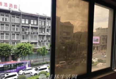 解放东路97号  3楼出粗(商用、办公) 市教育局正门前(租金可面议)