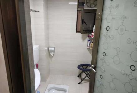 xw房东置换诚心出售桂林郡电梯3楼76平75万精装修,家电全送