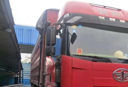 转让2014年6月份的一汽解放,8米2的重卡自卸车
