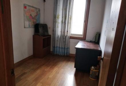 xw榕湖桂中双学区房,3房2厅1卫,80平85万,采光好