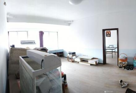 八里街310医院附近3房2厅140平米7楼(顶楼)带大天台