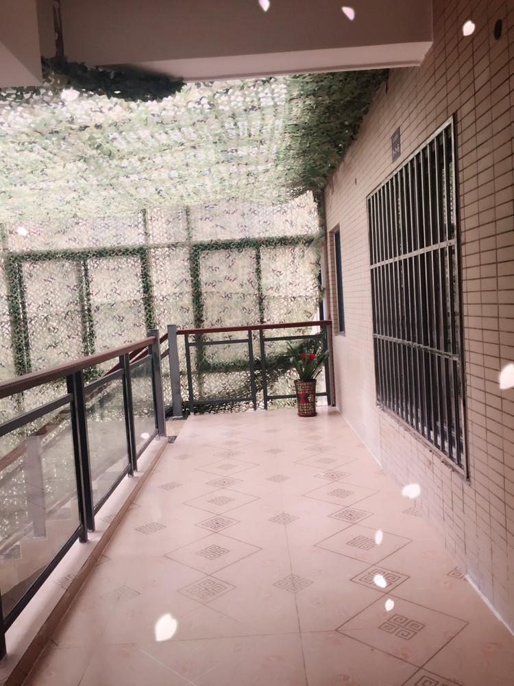 桂林市江上御都4房2厅4卫面积260平方米,离桂林北站火车站、汽车站非常近