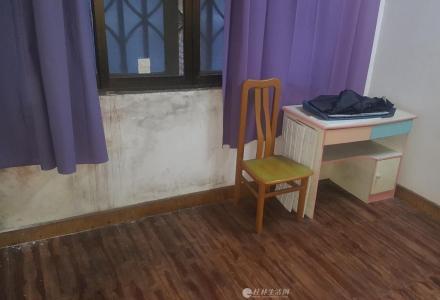 JS急售中华学区黄金2楼60平米2房1厅72万