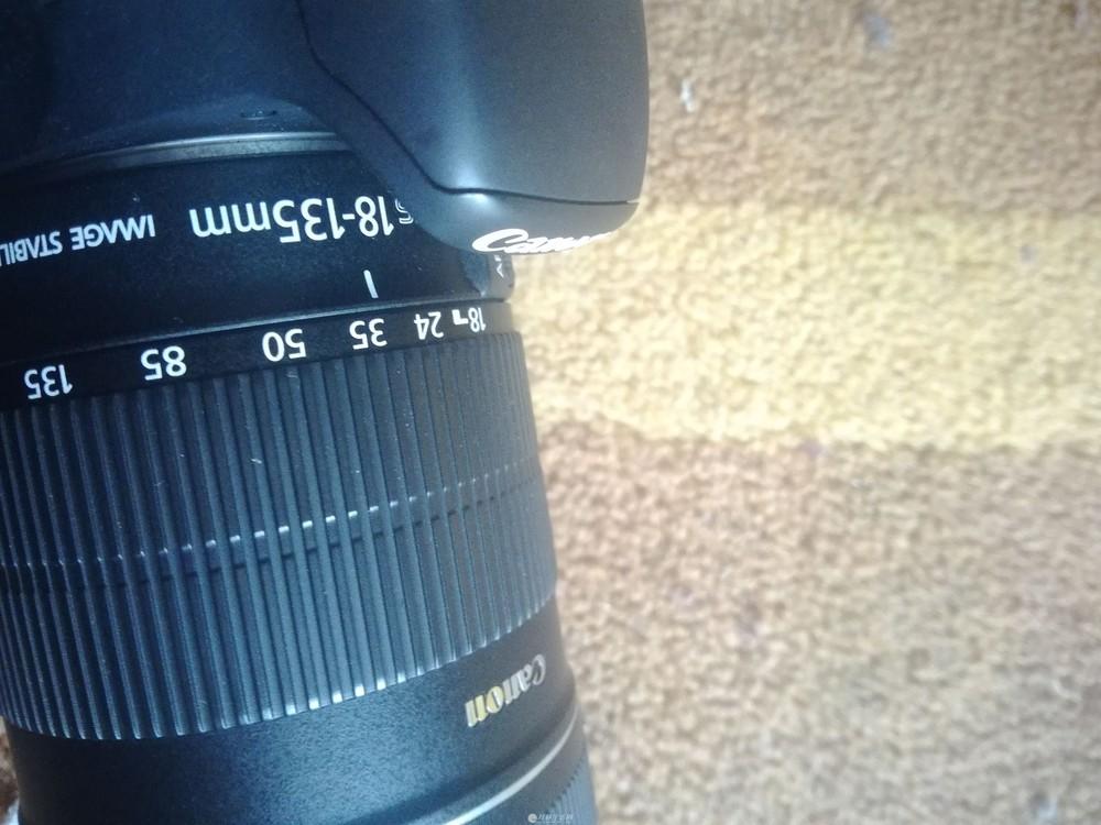 佳能600d带18-135mm镜头