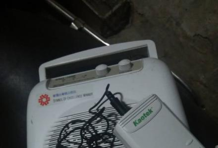 无线话筒和接收机【接收机自带杨声器】