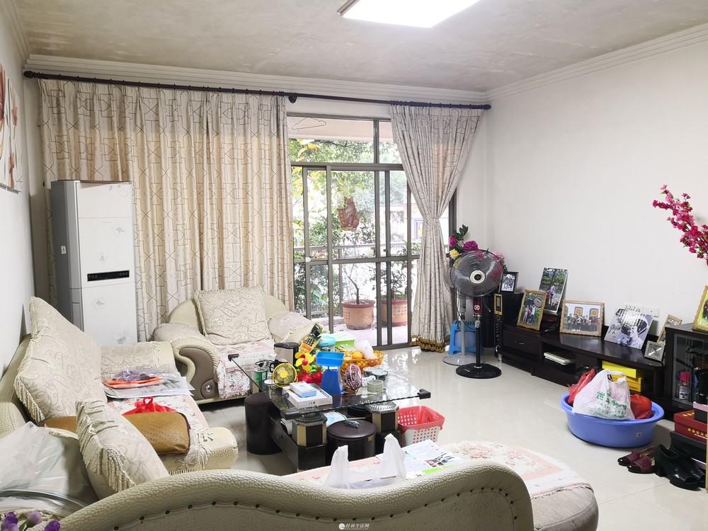 龙隐学区 三里店 冠泰东岸枫景 垫高一楼 3房 106万