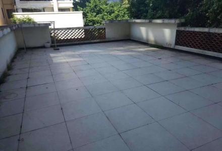 送70平露台《兴进曦镇》2房2厅带装修,步梯2楼,超值出售