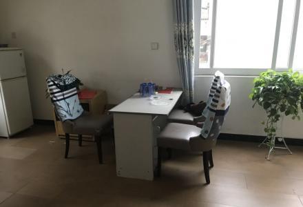 JS急售榕湖学区桂湖花园步梯5楼50平米1房1厅59万
