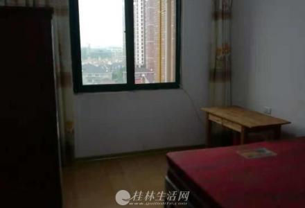 领峰阳光高层南北通三房两卫精装公寓