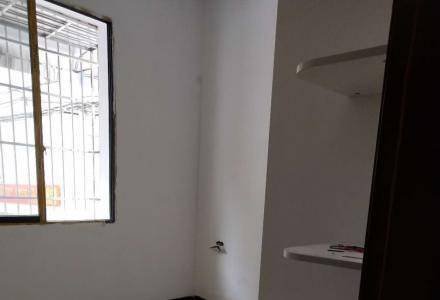 xq急售中华学区60平米70万黄金一楼门面房
