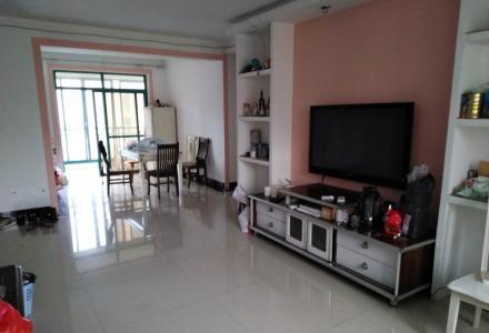 四季花城4房2厅2卫、157平方米、月租金3500元
