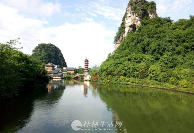桂岭小学对面东镇路税局宿舍二房二厅三楼72平方48万精装修