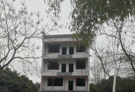大圩古镇商住两用的四层半别墅底价出售