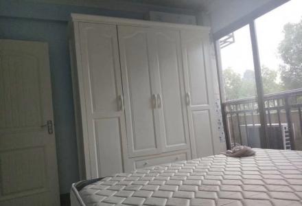 桂林郡一房一厅精装房出租