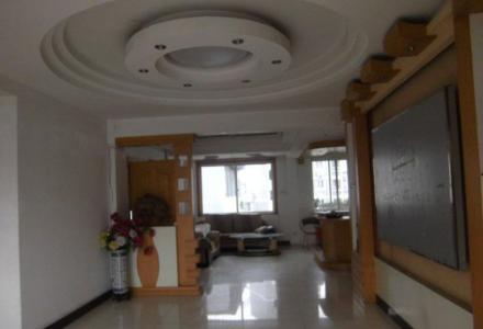 中山中路金马大厦当街办公室3房2厅170平方电梯7楼有空调