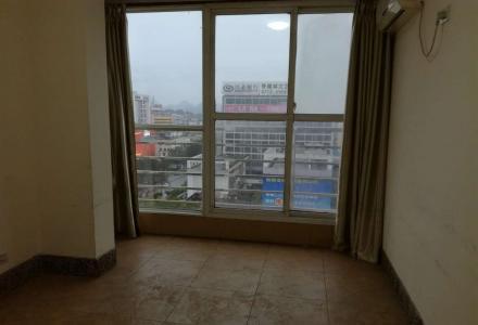 育才大厦3室2厅2卫,155平米,精装修10楼,看房方便,办公首选