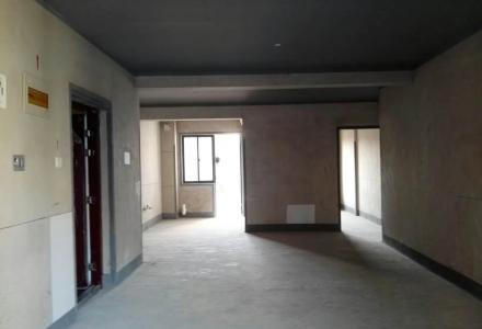 碧水康城;3房2厅2卫,115平米,电梯5楼,一梯两户,南北通透