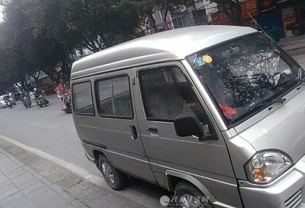 2012款新版一手小五菱兴旺过户车