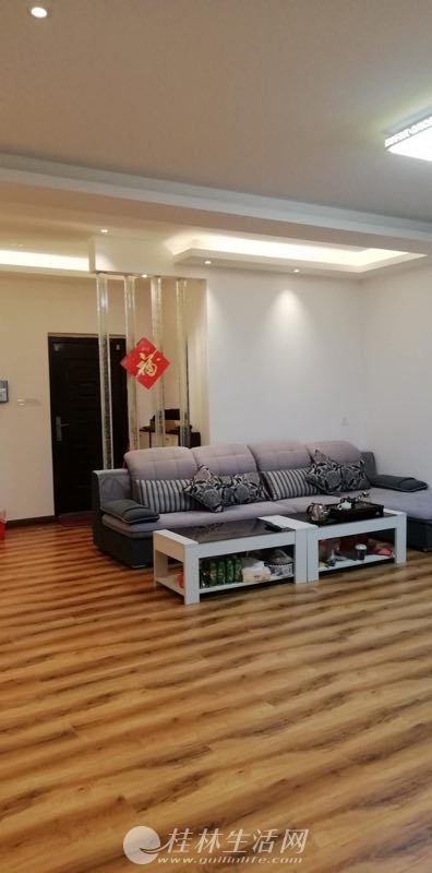 出租,香格里拉花园,3房2厅2卫,122平米,电梯12楼,4300元/月,精装