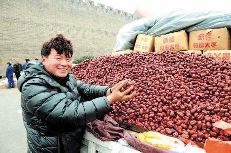 路边卖红枣农民的营销智慧
