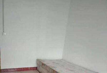 急售榕湖学区三多路步梯5楼一房一厅46平米62 万
