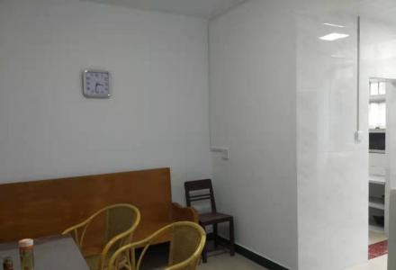 西凤路2室一厅精装修出租