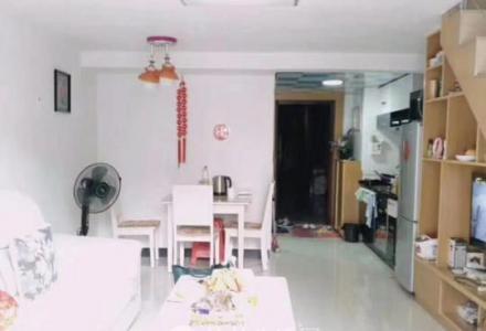 临桂榕山富景海派公馆 2室2厅1卫 70平米