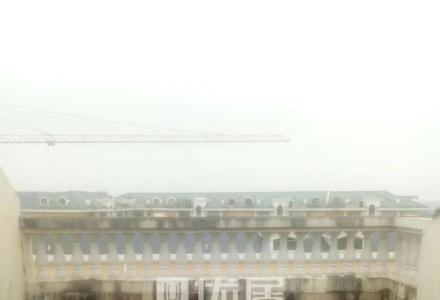 高新区 万达旁东晖国际顶层复式 带露台 143平165万