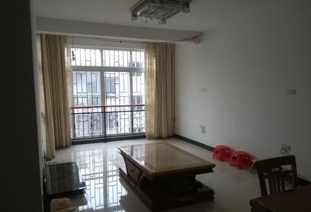 灵川八里街,金桂城小区,两房两厅出租,车位租金另议