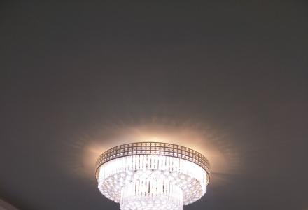自己家用客厅水晶灯转让