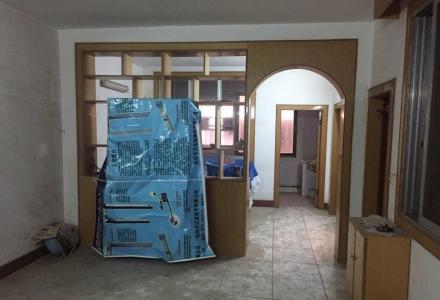 出售-桂林八里街1栋房(4.5层)
