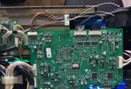 桂林投影仪灯泡更换、投影机清洗维护、多媒体投影设备维修