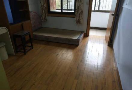 会仙小区龙隐学区房2房2厅1卫43万出售