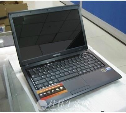 做设计,三星笔记本,4G内存,2G独立显卡,320G硬盘