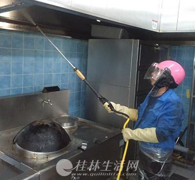 桂林专业油烟机清洗公司、单位酒店油烟机净化器清洗公司
