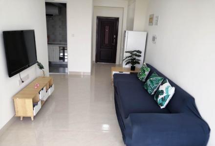 冠泰城国,1房1厅,2100元月租