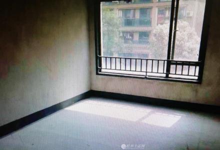 SPY【漓江大美】清水113.6㎡电梯三楼3房,满五唯一 售75万