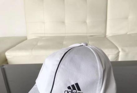 全新牌子帽子出售,价格6-7元每个